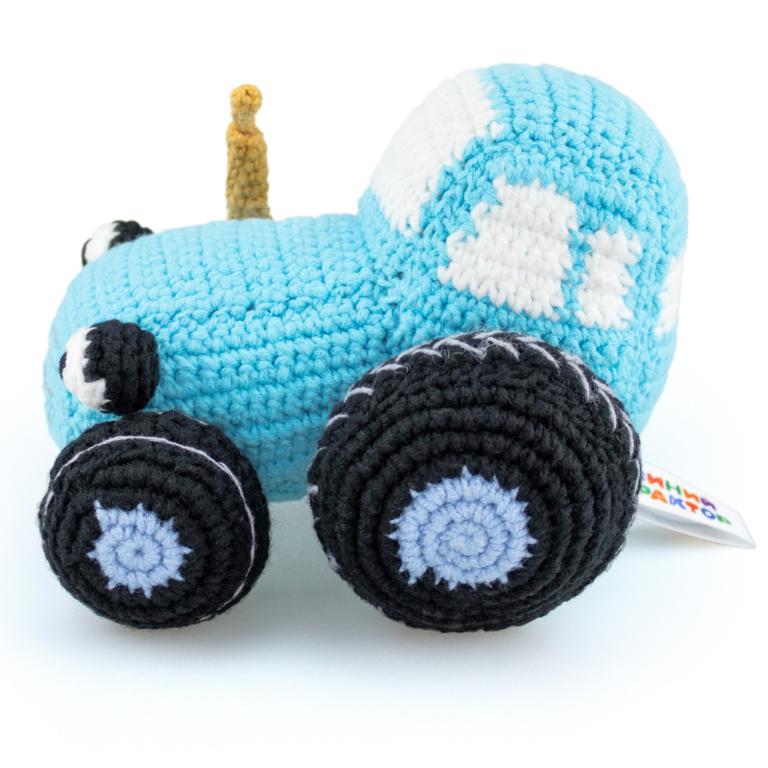 Мягкая вязаная игрушка «Синий Трактор»